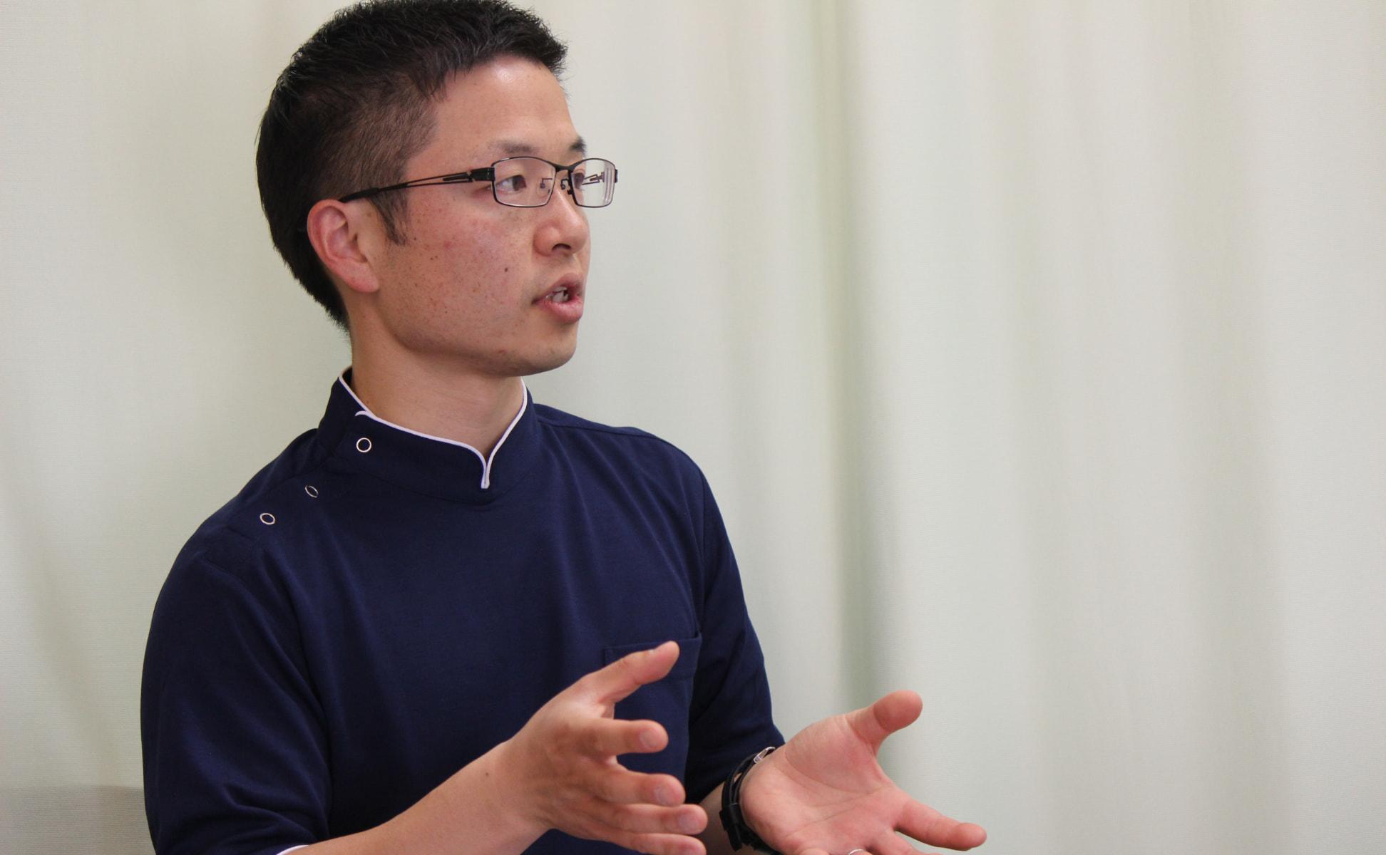 アスウェル鍼灸接骨院 院長 鈴木 祥平